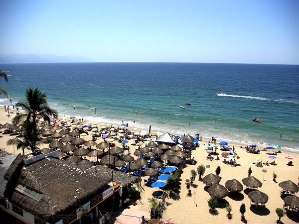 Playa Bonita Condo Directly Behind The Gay Beach In Puerto Vallarta