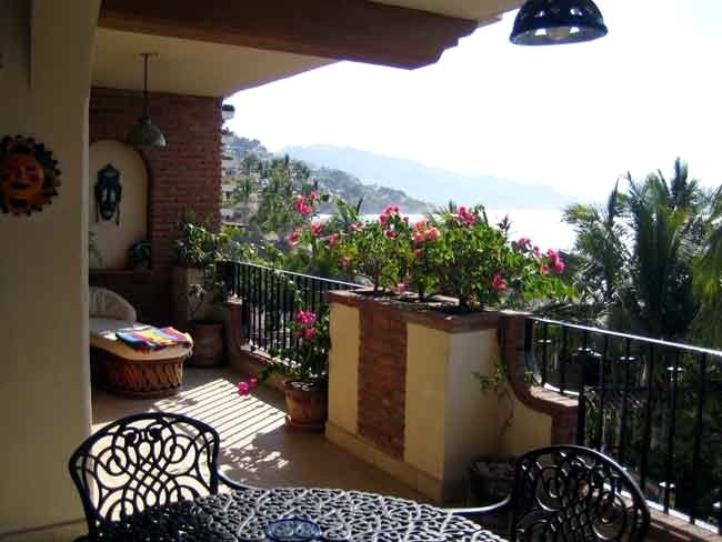 Old Town Puerto Vallarta Plazamar Beachfront Condo Rental Gay