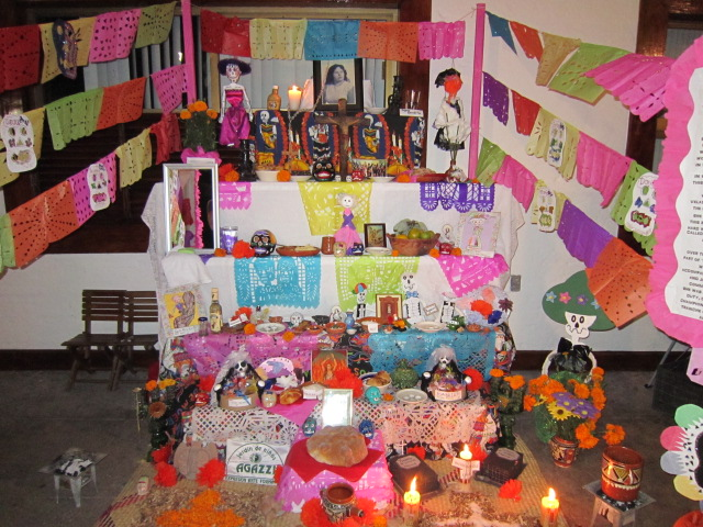 dia de los muertos shrine - things to see in PV, Mexico