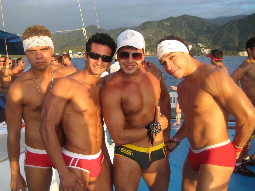 Gay Tours Puerto Vallarta Gay Cruises Excursions Amp Getaways Gay Puerto Vallarta Daylife Guide
