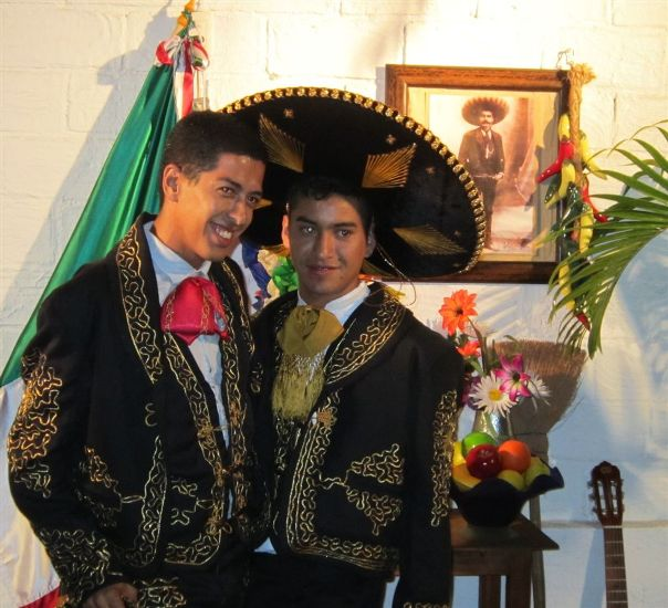 puerto vallarta gay dating site The best nightlife in puerto vallarta gay vallarta bar hopping, puerto vallarta where you can find archaeological sites dating back to the period long before.