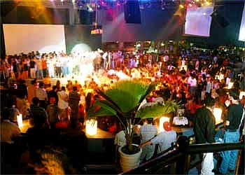 Stupendous Puerto Vallarta Nightlife Bars Clubs Music Party Scene Download Free Architecture Designs Aeocymadebymaigaardcom