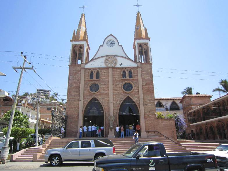 puerto vallarta church our lady of refuge on morelos street