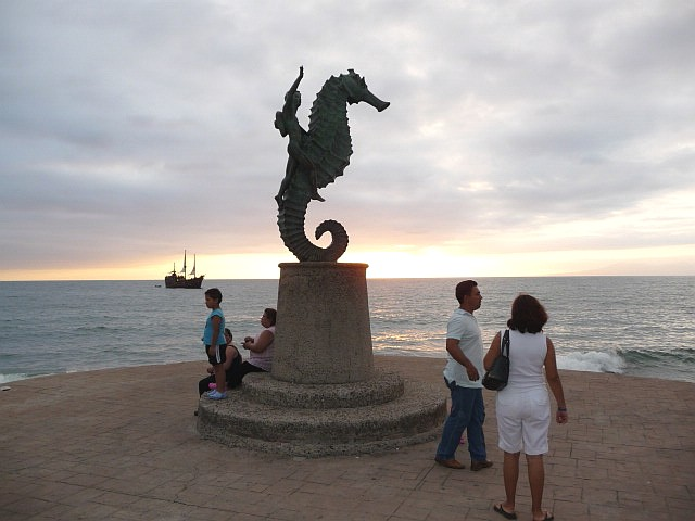 marigalante pirate ship, sunset malecon and seahorse
