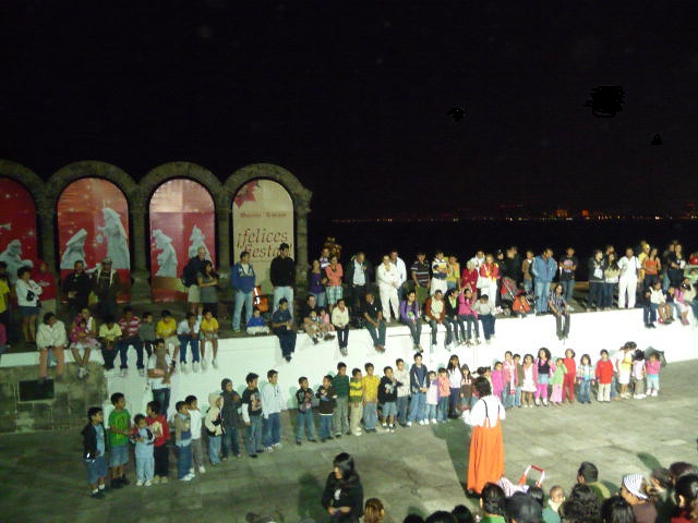 PV malecon clown show a near nightly performance at los Arcos